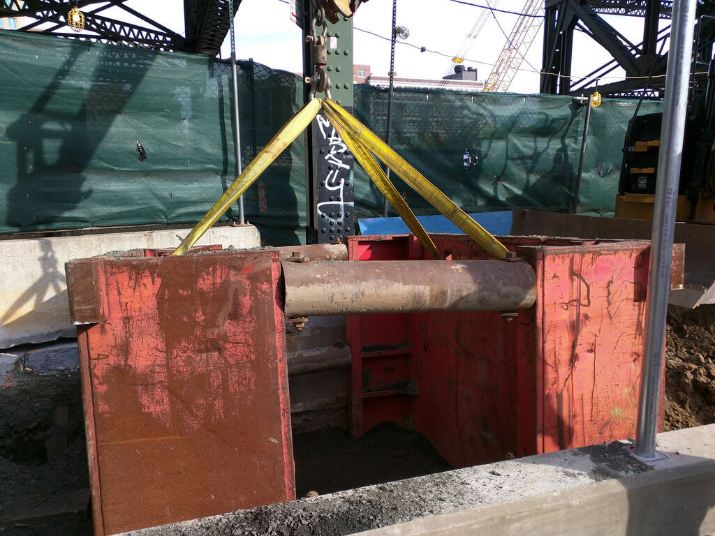 trench box installation