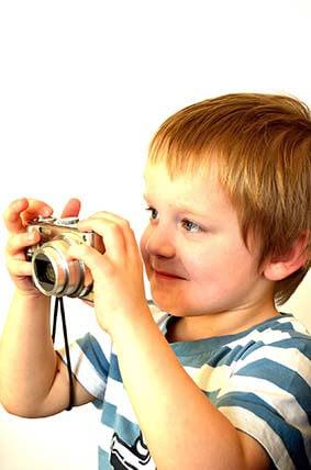 factors to choose best digital cameras kids photograph fun adventures